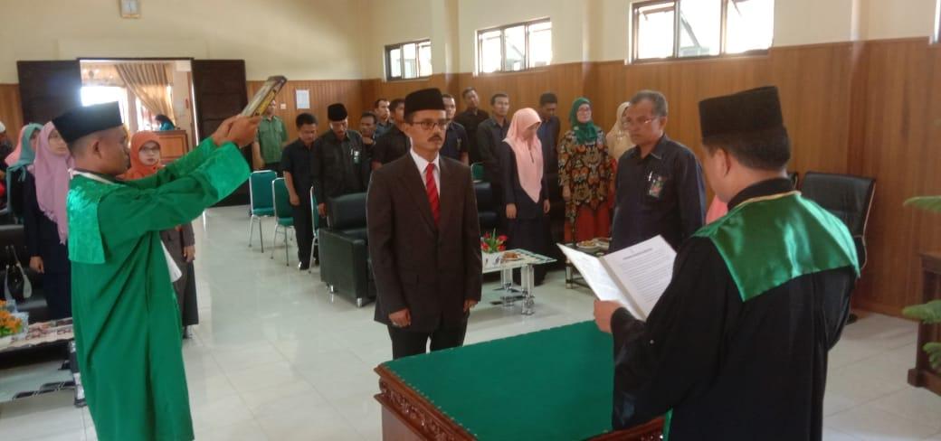 Yosmedi, S.H Resmi Jabat Panitera Pengadilan Agama Solok